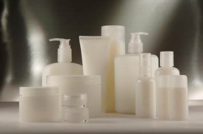 Waspada Kemasan Plastik Pada Produk Skincare, Ini Bahaya yang Mengancam