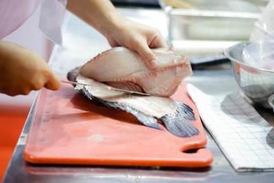 Cara Memfillet Ikan Tenggiri