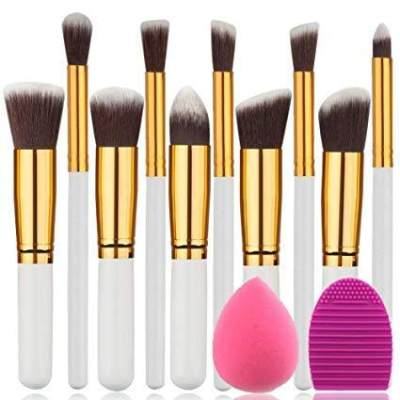 Pakai Alat Makeup yang Salah