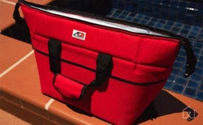 Tutup Rapat Cooler Bag