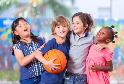 Tips Mengajarkan Anak Mengalah Tapi Bukan Untuk Kalah