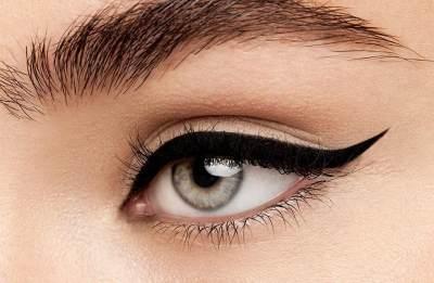 Agar Wajah Lebih Tirus, Ini 4 Tips Makeup untuk Wanita Bertubuh Plus Size