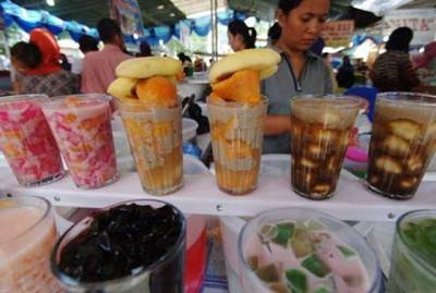 Punya Nama Unik, 5 Makanan Nusantara Ini Pasti Ada Saat Ramadhan, Pernah Coba Moms?