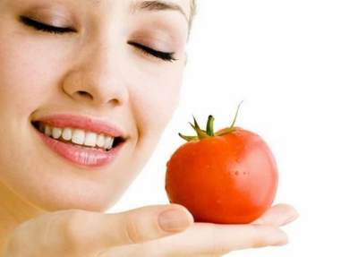 Rutin Makan Tomat Sebelum Tidur, Apa Manfaatnya Ya, Moms?