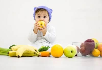 Jangan Sampai Salah Moms, Yuk Pelajari Jenis-jenis MPASI Sesuai Usia Bayi