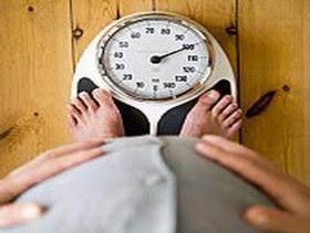 Mau berat Badan Turun Setelah Sebulan Berpuasa? Ini 8 Tipsnya, Moms