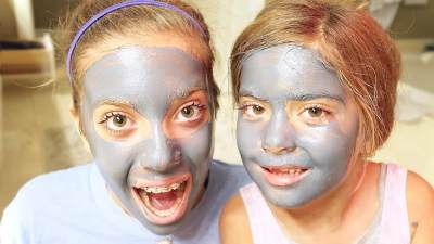 7 Tips Aman Pakai Masker Wajah Bareng Anak, Biar Makin Akrab dengan Si Kecil Nih, Moms