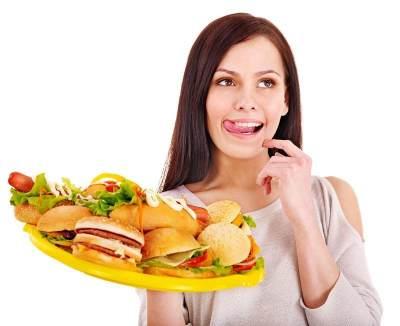 Jangan Makan Berlebihan Saat Berbuka Puasa