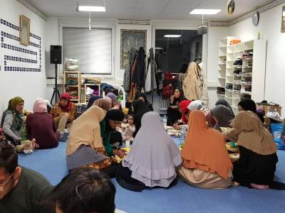 Tantangan Hingga Tradisi Khas Ramadhan di Jerman, Unik dan Menarik, Moms!