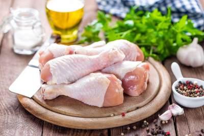 Tips Memlih Daging Ayam yang Masih Segar, Pelajari Juga Cara Menyimpannya, Moms