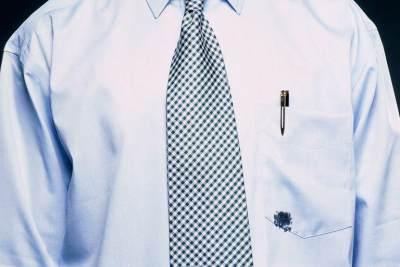 Bikin Lama Mencuci Baju, Ini Cara Praktis Menghilangkan Noda Tinta yang Membandel