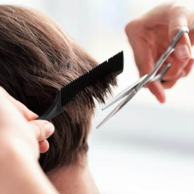 Sebelum Terlambat, Ini Cara Mengatasi Rambut Rontok Pasca Melahirkan!