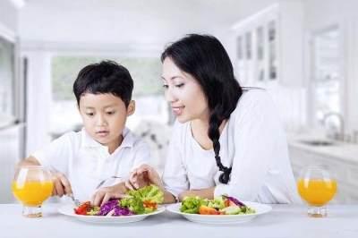 Terapkan Pola Makan Teratur