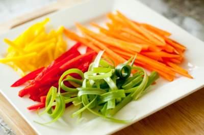 4 Teknik Memotong Sayuran Ala Chef, Sudah Mahir Semua Moms?