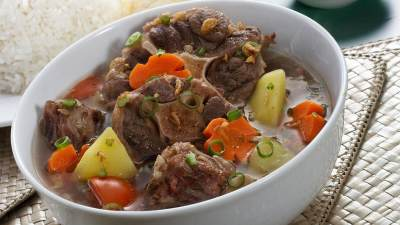 Bosan dengan Sayur Bening? Coba Kreasi Sup untuk Menu Sahur keluarga Yuk, Moms!