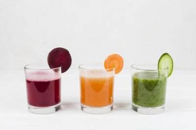 Wah, 7 Minuman Sehat Ini Bisa Membersihkan Ginjal Secara Alami Loh, Moms!