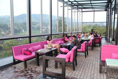 2. Lawang Wangi Creative Space Cafe