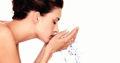 Tanpa Produk Skincare, Ini Tips Merawat Kulit Agar Tetap Bersih dan Sehat Saat Hamil