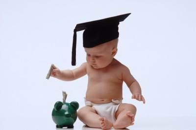 Persiapan Dana Pendidikan Anak, Tak Hanya Bayar Uang Semester Sekolah Loh, Moms!