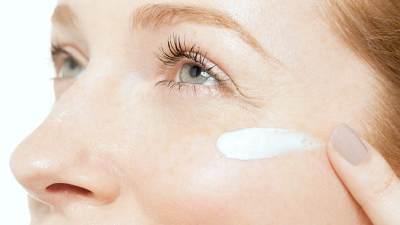 Seberapa Penting Eye Cream dalam Rutinitas Skincare? Intip Rekomendasinya Yuk!
