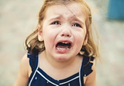Apa Penyebab Anak Cengeng dan Sering Menangis? Simak Penjelasannya Yuk!