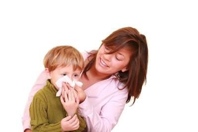 Pertolongan Pertama Anak Mimisan, Ini Langkah-langkah yang Harus Moms Lakukan