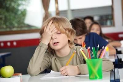 4 Tips Mudah Menghadapi Anak yang Cepat Jenuh Saat Belajar