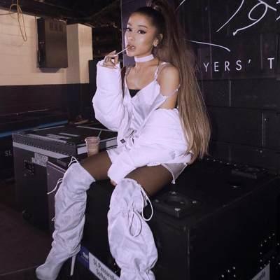 Pamer Foto Rambut Tergerai, Ariana Grande Tinggalkan Ciri Khas Rambut Ekor Kuda?