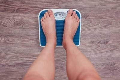 Tips Diet Tanpa olahraga, Begini Cara Cepat Menurunkan Berat Badan Pasca Lebaran, Moms