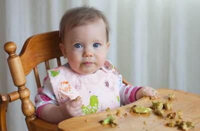 Rekomendasi 7 Finger Food untuk Bayi, Kapan Waktu yang Tepat Memberikannya?