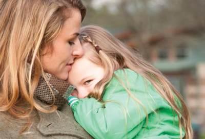 Mengatasi Anak yang Penakut, Coba 4 Langkah Jitu Ini Moms