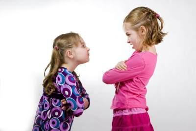 Anak-anak Sering Bertengkar? Ini 4 Cara Untuk Membuatnya Akur