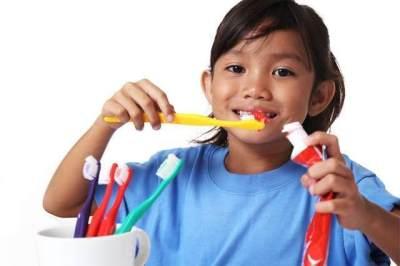 Waktu yang Tepat Mengganti Sikat Gigi Anak
