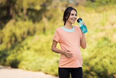 Manfaat Rutin Jalan Pagi Untuk Ibu Hamil, Bisa Kurangi Resiko Bayi Lahir Prematur Loh!