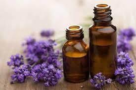 1. Atasi Bau Kaki dengan Lavender Oil