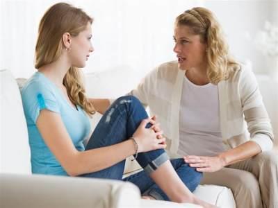 5 Langkah yang Harus Dilakukan Agar Anak Terbuka dan Percaya Pada Moms di Usia Remajanya