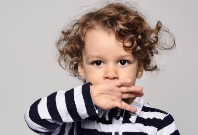 Cara Memancing Anak yang Mengalami Speech Delay Agar Mulai Bicara