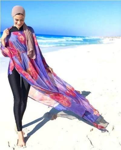 Liburan ke Pantai? Intip Inspirasi Baju Renang Hijabers Biar Tetap Cantik dan Modis