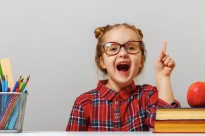Cara Membuat Anak Pintar Sejak Bayi, Ini 8 Buah yang Baik Dikonsumsi Ibu Menyusui