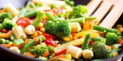 Bingung Mau Masak Apa? Coba 4 Resep Tumis Sayuran Ini untuk Keluarga Moms