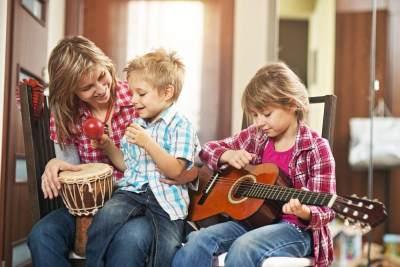 Tanpa Disadari, 6 Hobi Ini Dapat Meningkatkan Kecerdasan Lho Moms