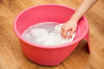 Agar Seragam Sekolah Anak Tak Mudah Kusam dan Dekil, Ini Tips Mencucinya, Moms!