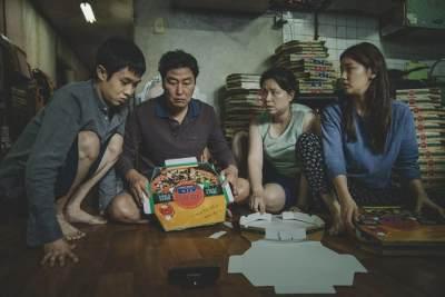 Mengintip Cara Membuat Jjapaguri Sirloin, Mie Instan Mewah di Film Parasite
