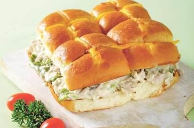 4. Roti Bakar Jagung Tuna Mayo
