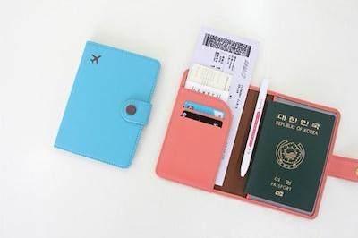 Dokumen Travel