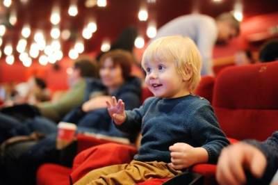 Nonton Bareng Keluarga di Akhir Pekan, Intip Rekomendasi Filmnya Yuk!
