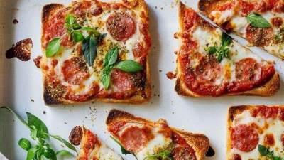 3. Pizza Roti Tawar