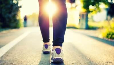 4 Fakta Unik Berjalan Kaki, Bikin Panjang Umur dan Lebih Kreatif Lho!