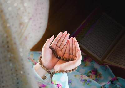 Mitos Atau Fakta Anjuran Tutup Pintu & Jendela Jelang Maghrib? Ini Penjelasannya Menurut Islam
