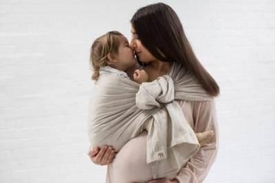 Bolehkah Menggendong Anak Saat Hamil?
